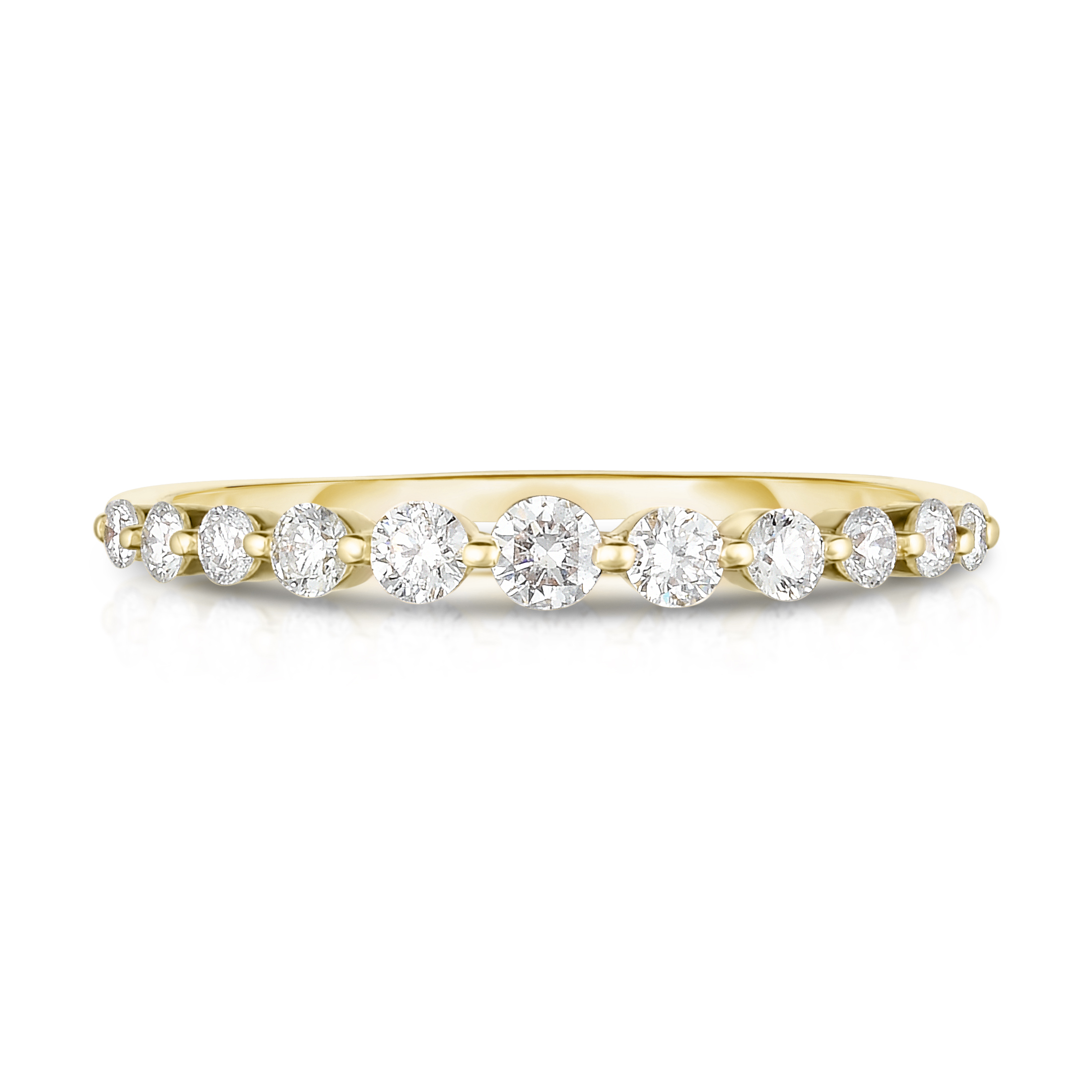 Graduated Diamond Single Prong Ring